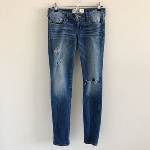 Hollister Distressed Stretch Skinny Jean Blue 3/26
